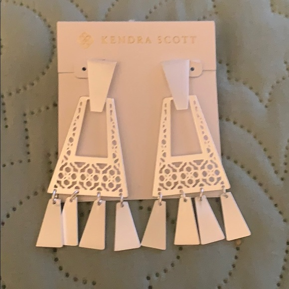 Kendra Scott Jewelry - Kendra Scott silver kase fringe earrings NWT